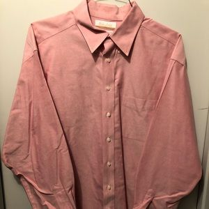 Gold Label Roundtree & Yorke red shirt size 17-35